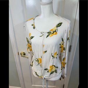 Gypsies & Moondust XL lemon print blouse